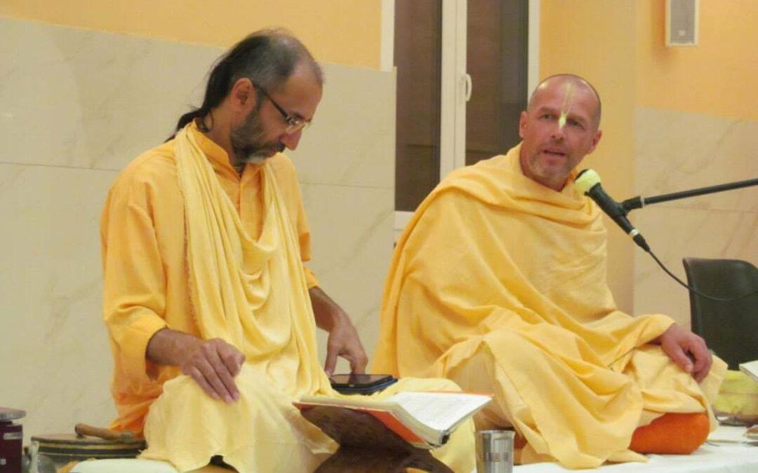 17-35. Introduction au Hari-Katha