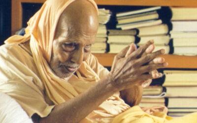 21-12 Sweet Memories of my Glorious Sannyāsa Gurudeva